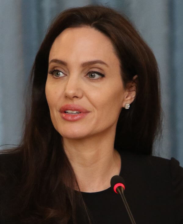 Angelina_Jolie_March_2017.jpg